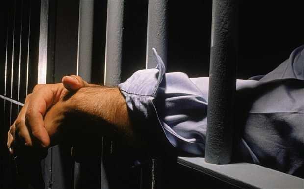 jail crime - Συνελήφθησαν 7 Έλληνες για sim swapping