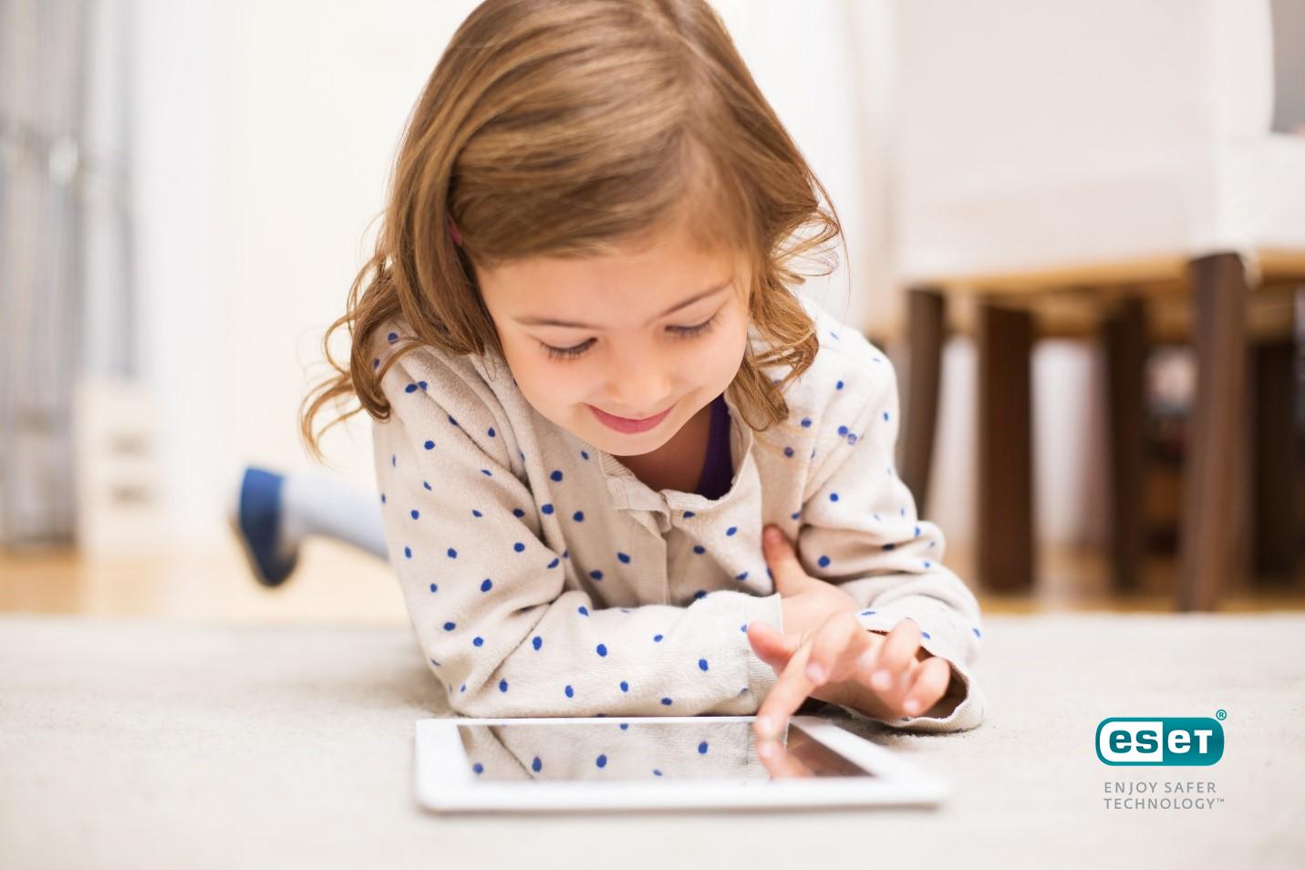 Safer kids online - ESET: Πόσο ασφαλές είναι το κινητό τηλέφωνο του παιδιού σας;