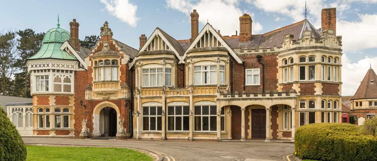 Bletchley Park - Facebook δωρεά 1 εκατομμυρίου λιρών στο Bletchley Park
