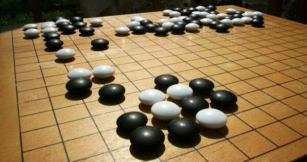 Go board - Πώς ένα επιτραπέζιο παιχνίδι και οι ουρανοξύστες ενέπνευσαν την ανάπτυξη του κώδικα QR