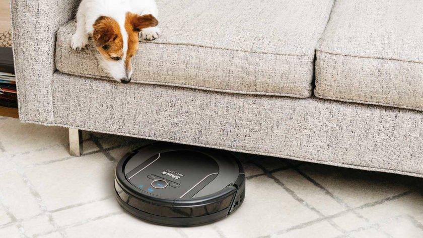 robot vacuum - Θα μπορούσε η ρομποτική σας σκούπα να σας παρακολουθεί;